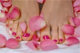 voeten_rozenblaadjes